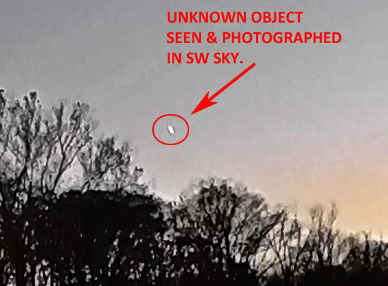BRIGHT OBJECT PHOTOGRAPHED IN SW SKY.