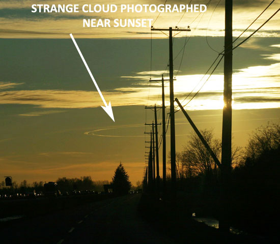 PHOTO OF STRANGE CIRCULAR CLOUD.