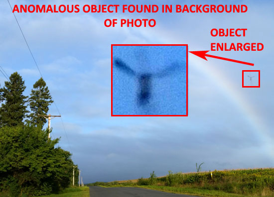 PHOTO & ENLARGEMENT OF ANOMALOUS OBJECT FOUND IN BACKGROUND.