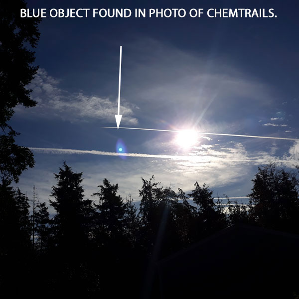 BLUE OBJECT FOUND IN PHOTO OF CHEMTRAILS.